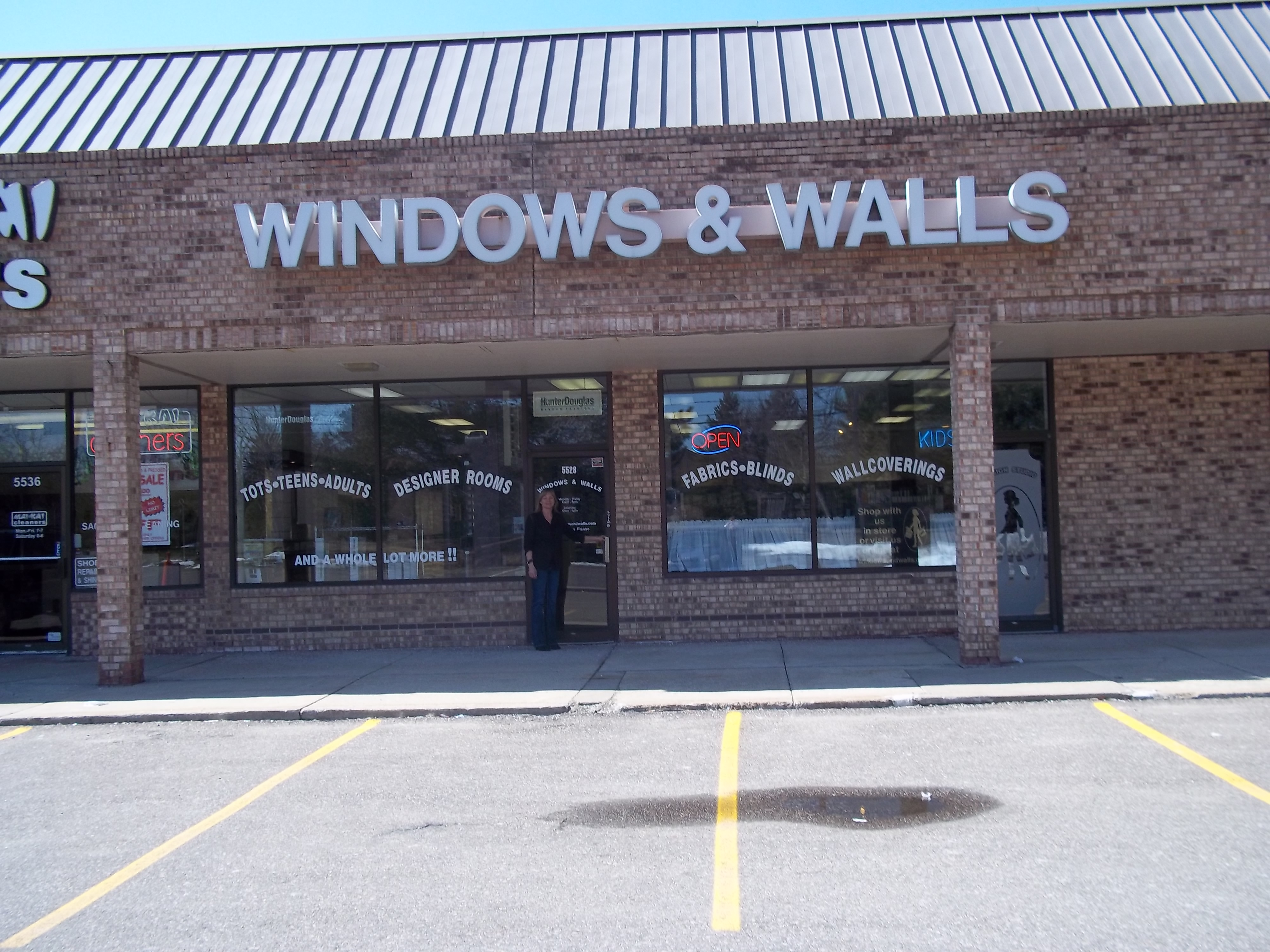 Support Your Local Window Treatment Store West Bloomfield